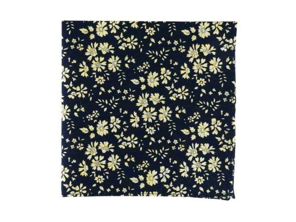 Pochette de veste bleue à fleurs, modèle Le Nône. Bleu nuit et jaune pâle