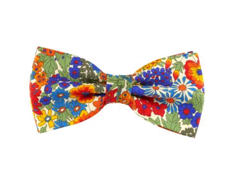 noeud papillon floral multicolore Liberty, choix de nouage et de forme, ici CLASSIQUE