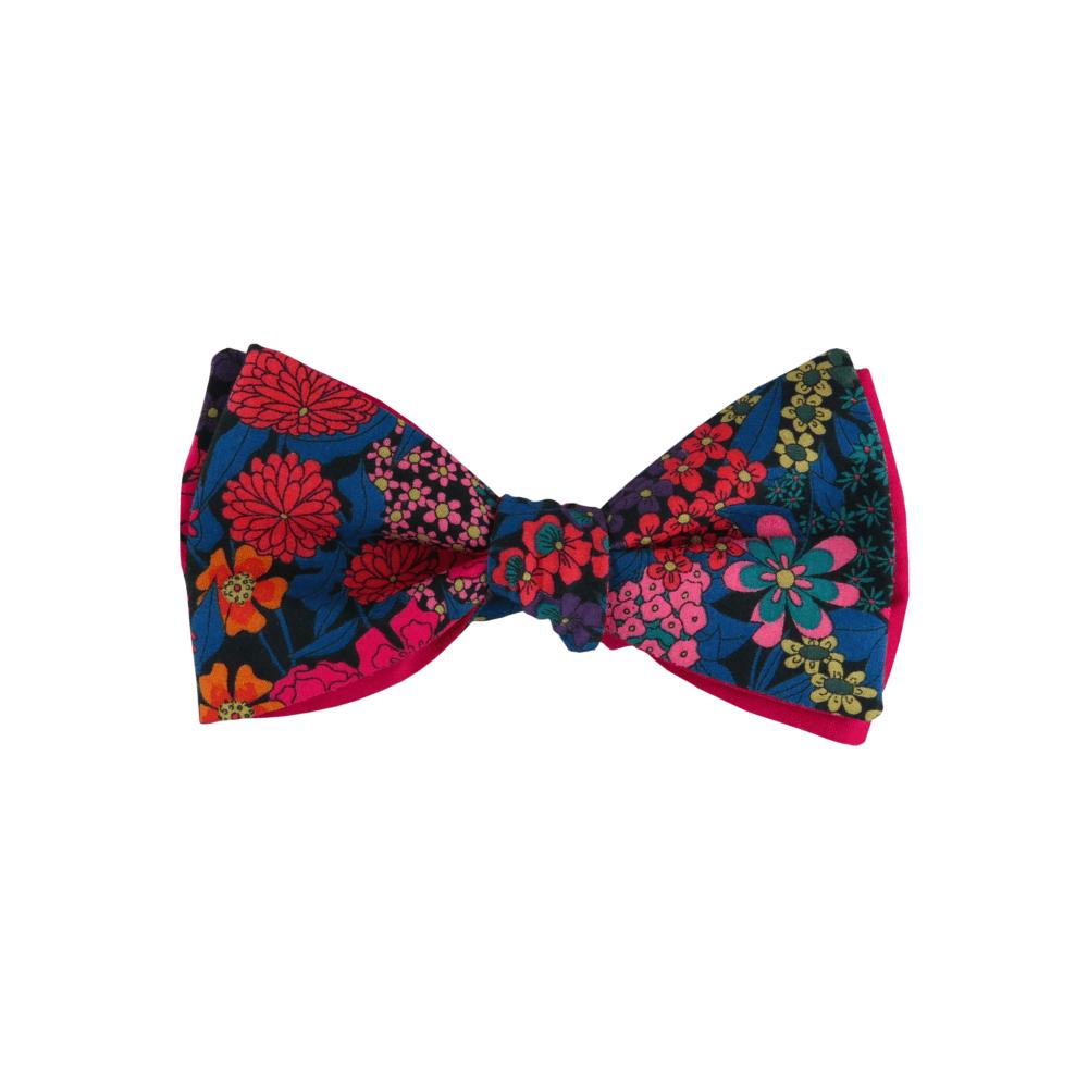 Noeud papillon fuchsia pour homme à nouer de forme droite, modèle Sebast, coloris bleu canard à fleurs fucshia, turquoise foncé, rose, orange, noir